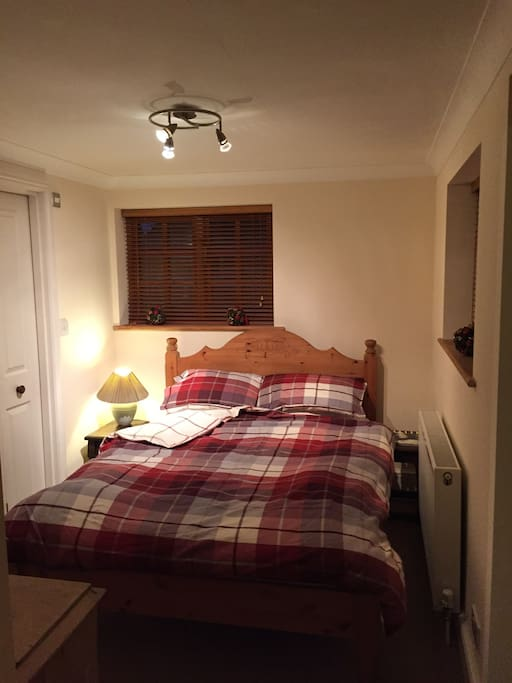 Bedroom with en suite  facilities