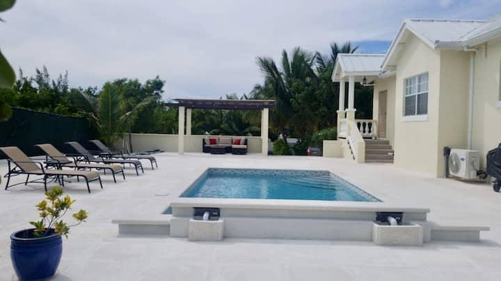 HopeWell Villa, Beautiful villa in Gracebay.
