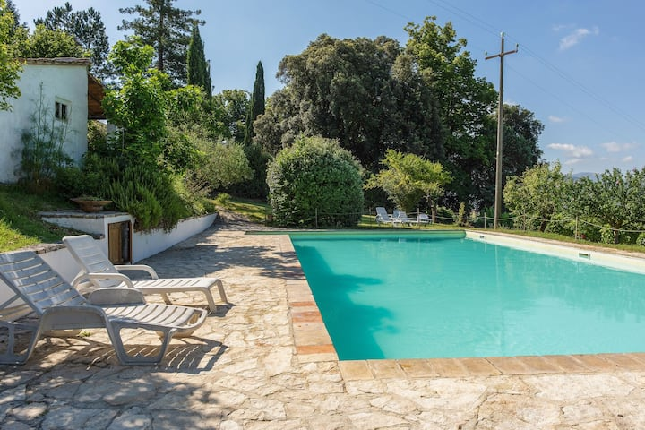Luxurious Mansion in Umbertide with Swimming Pool