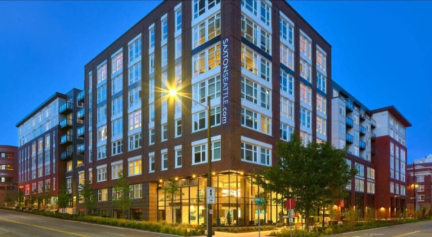 Upscale and elegant apartment in First Hill