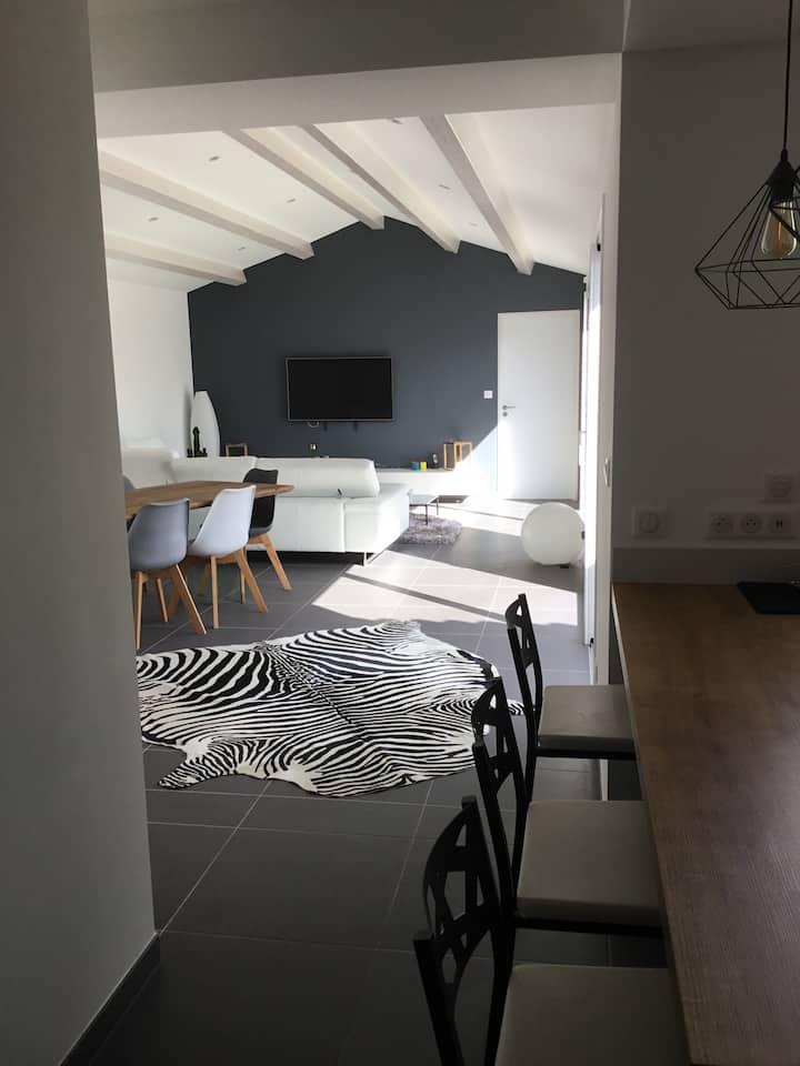 2 chambres privées dans maison neuve proche centre