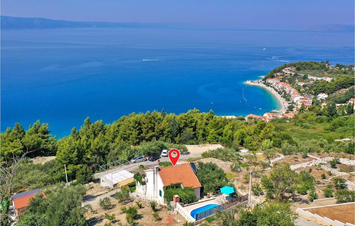 Nice home in Podgora with WiFi and 2 Bedrooms