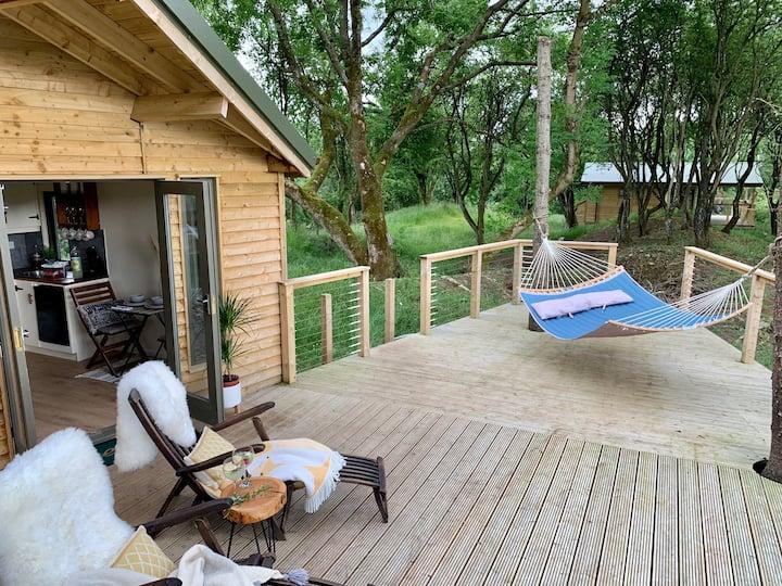 Ash Cabin at Bramblewoods with stunning  views