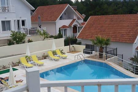 3 bedroomVilla -  Rural Retreat with pool - Kuşadası - 别墅