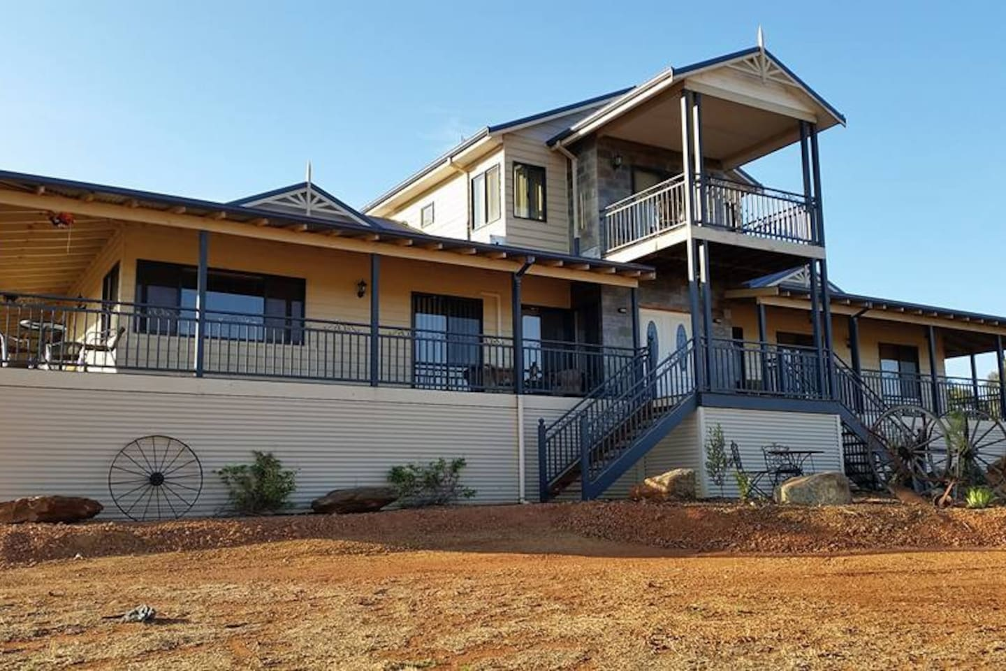 Gorgeous Queenslander style house with rustic gardens