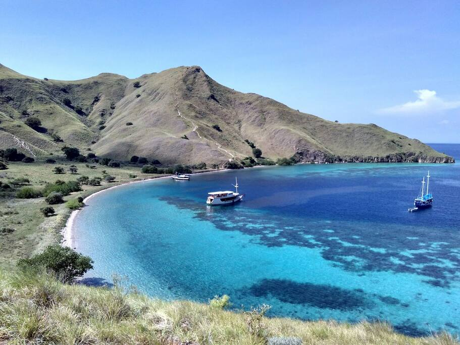 Komodo sea manggarai barat east nusa tenggara indon sie for Salle de bain komodo