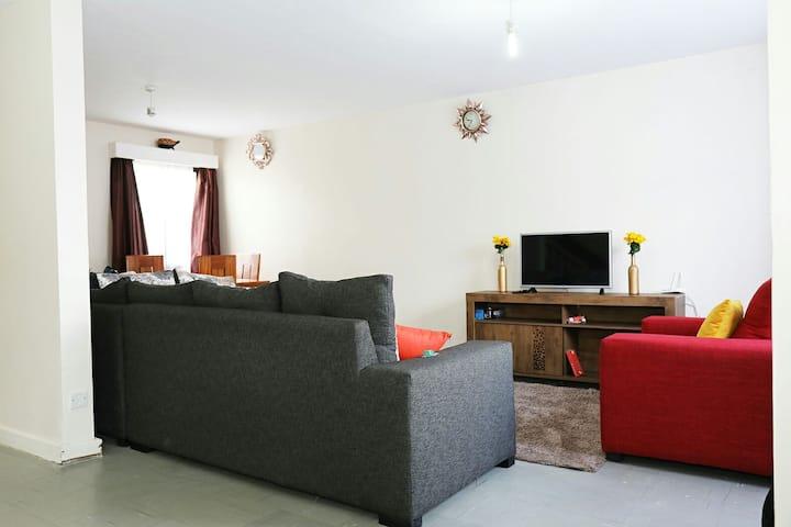 Sabby's cozy home close to JKIA airport