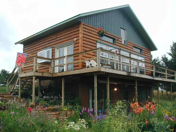 Lakeside Northwoods Retreat