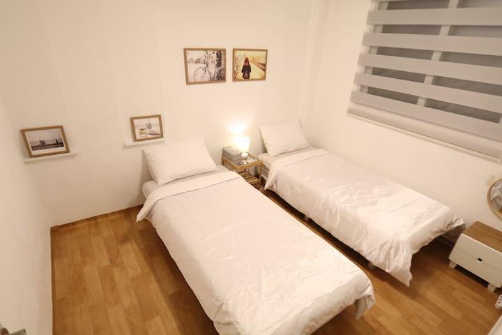 JM Guest house (two single bedroom) #04