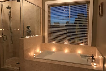Romantic Getaway Studio - Philadelphia