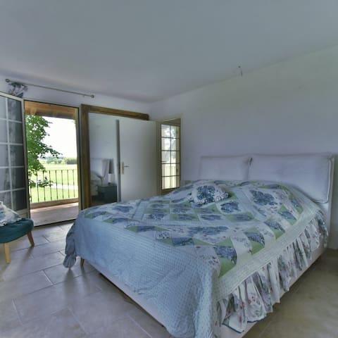 la chambre lit 180 x 200