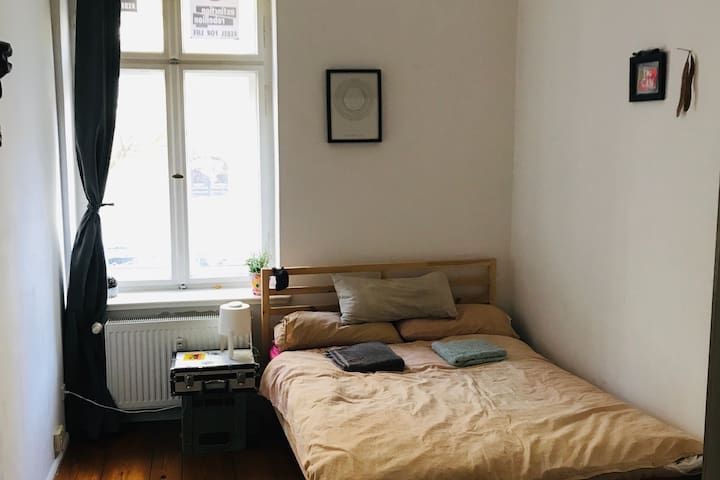 Comfortable and clean central Berlin apartment