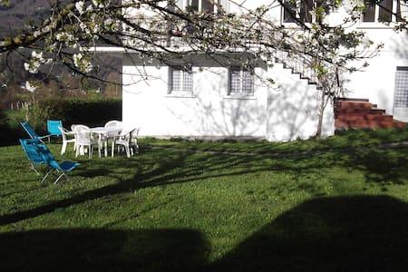 appart en rdc d'une maison - Luz-Saint-Sauveur