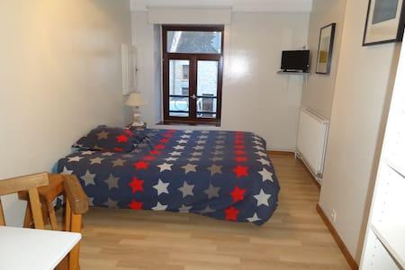 Chambre dans maison individuelle - Chooz - Σπίτι