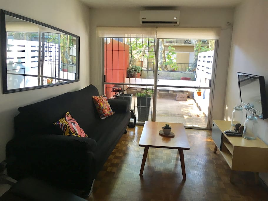 Living room with exit door to the terrace.