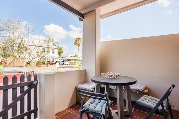 Knysna delightful affordable modern Apartment