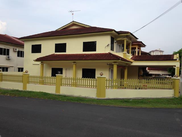 TheGreen Homestay - Melaka - House