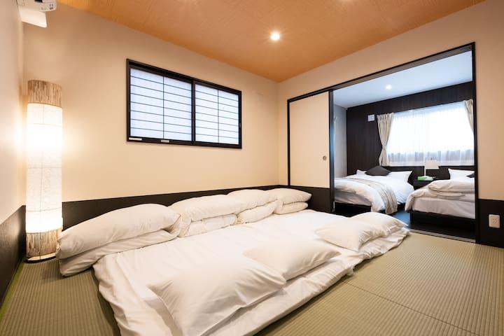 Bedroom(2nd floor)