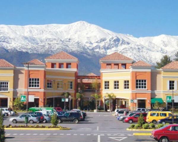 The nearest mall 10 Minutes Away Walking (Portal La Dehesa)
