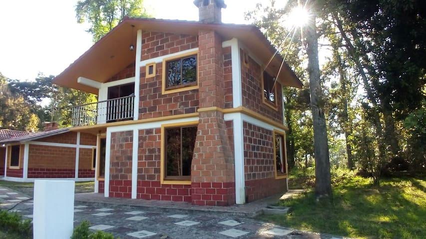 CABAÑA AZALEA, Cabañas San Miguel Tenango