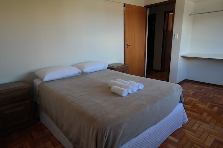 204 - Apartamento no centro de Capitólio
