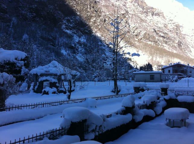Bergamo - Appartamento in Villa - Bondione - Leilighet