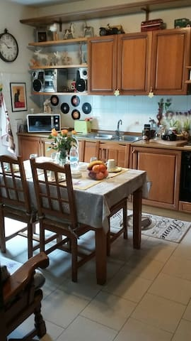 GardenHouse Malpensa - Fellini Room and breakfast