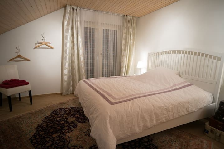 Bright Double - Wangen bei Dübendorf - Bed & Breakfast