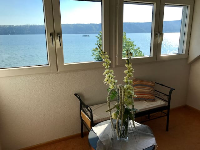 Ferienwohnung in Sipplingen direkt am Bodensee DG - Sipplingen - Apartamento