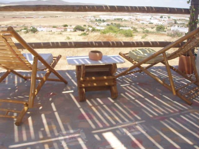 Precioso Estudio Rural: LUNA MORA - Albaricoques - Altres