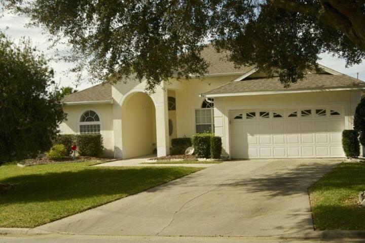 Executive Level Florida Villa.  9 Miles to Disney! - Davenport - Villa
