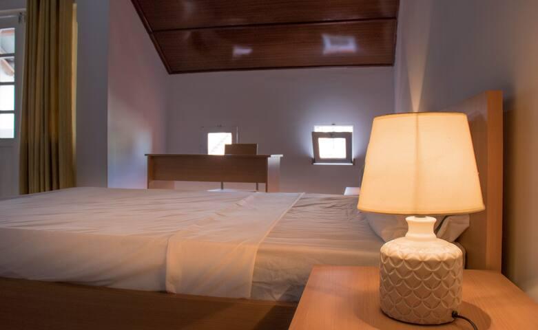 Plateau Bedroom & Chambre - Praia Center Q6