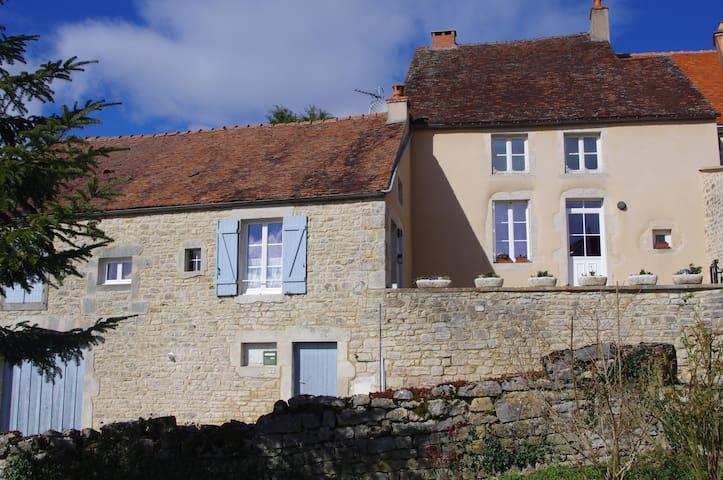 la maison d'Alésia - Alise-Sainte-Reine