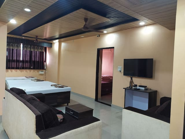 Private AC room in Margao