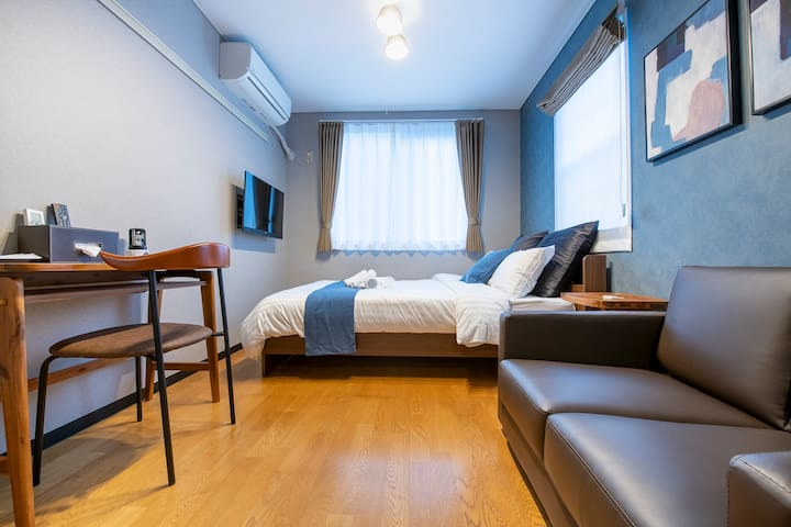 Quiet residential Shinjuku area,8 min on foot Sta