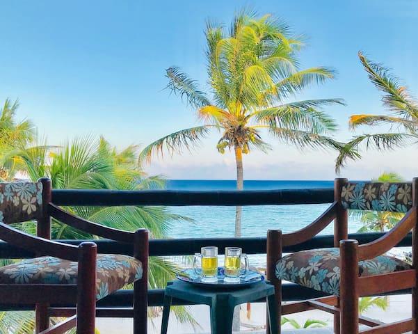 Palapa Paradise! Oceanfront Penthouse w/Terrace