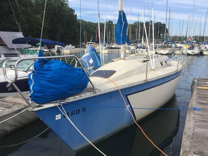 Secret Sailboat Hideaway