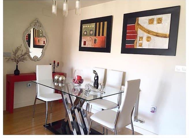 Piso en residencial de lujo - Granada - Apartment