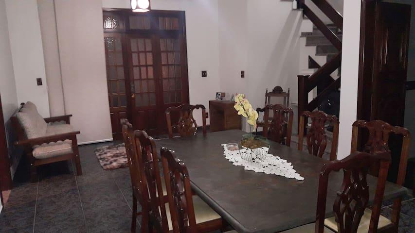 Casa de mãe