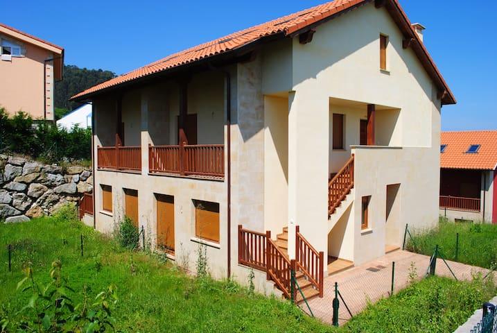 APARTAMENTOS BERELLIN - Prellezo - Apartamento