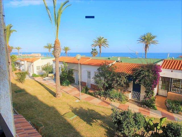 Stylish Apartments Club Tropicana II Vistas al Mar