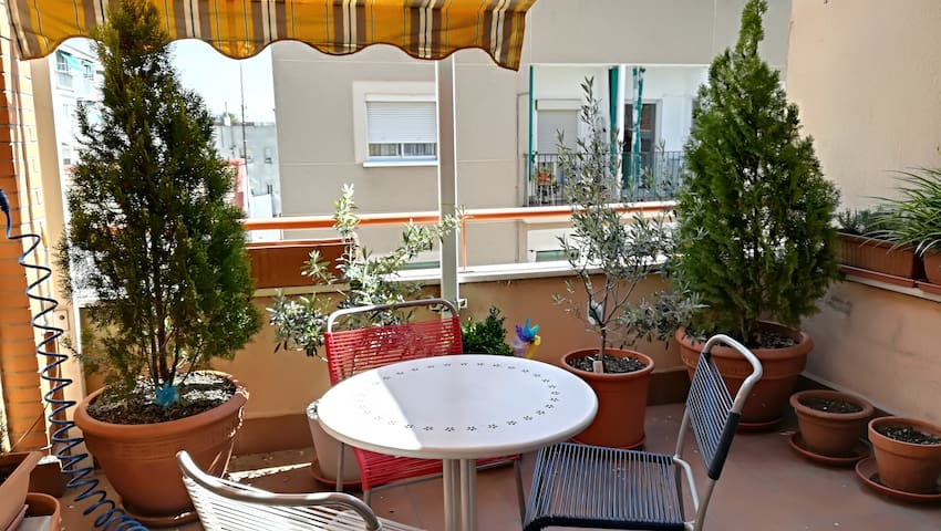 Penthouse WELL CONNECTED, near Alfonso XIII METRO