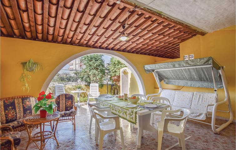 Terraced house with 2 bedrooms on 60m² in Briatico VV