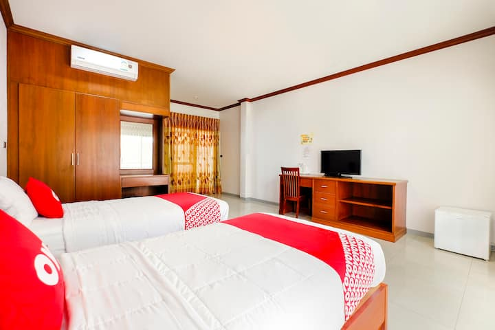 Juthamas (Attractive discounts on long stays)