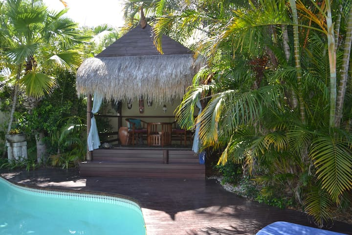 Sorrento Resort Surfers Paradise
