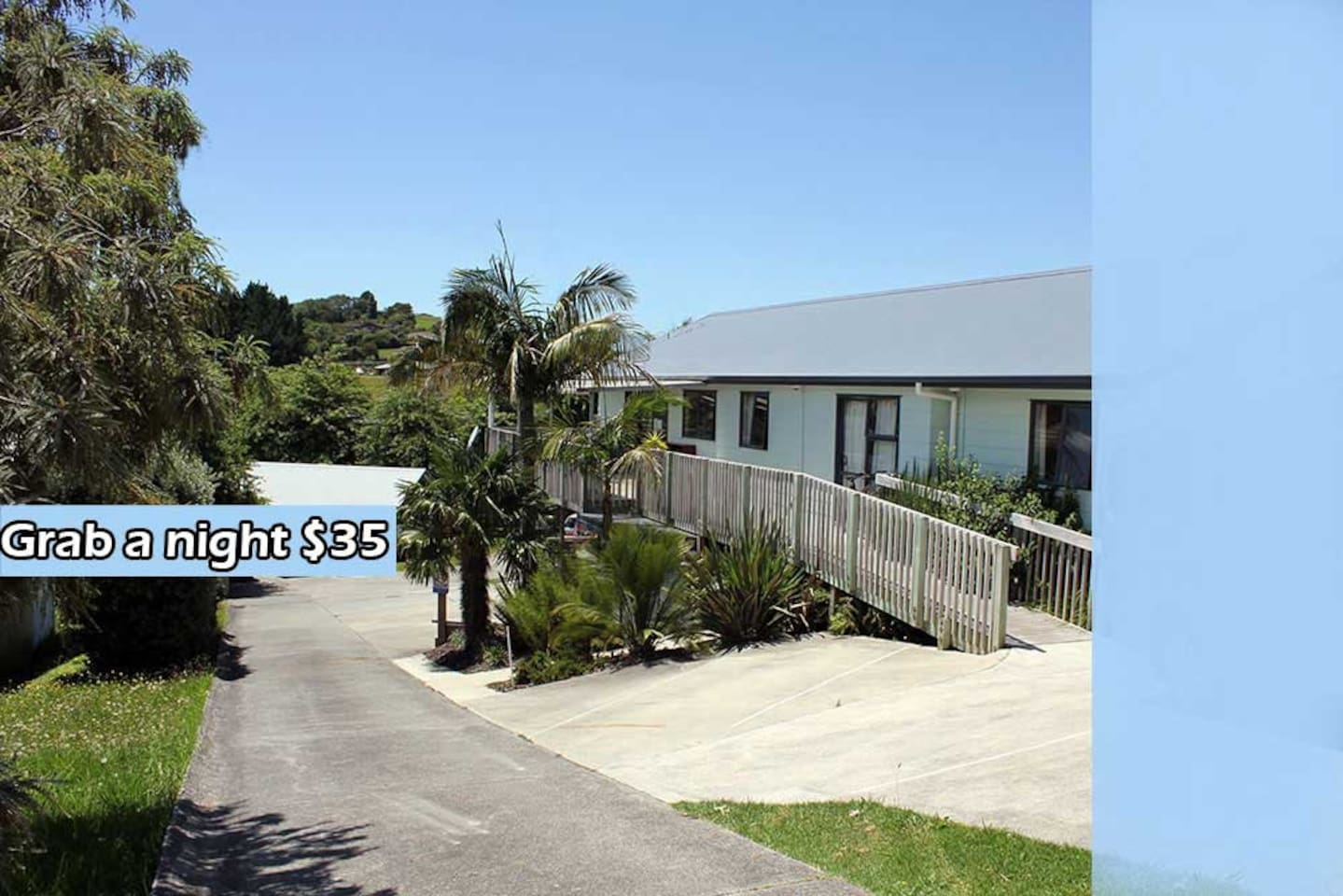 Sails Away is a well presented budget lodge situated walking distance to the town center..