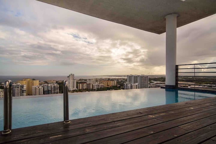 Luxurious 2 Bed Apt W/ Rooftop Pool @LosCacicazgos