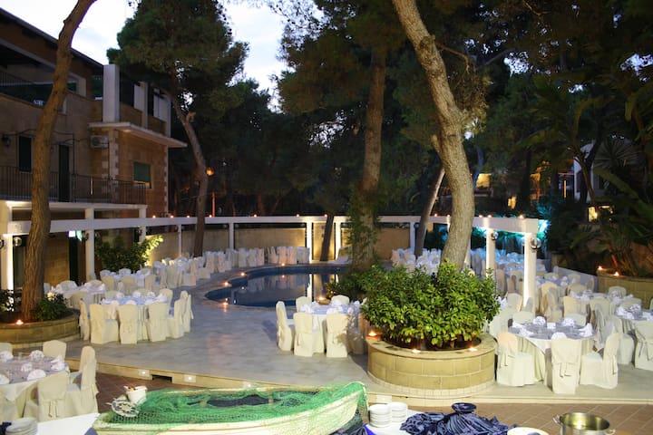 depandance HOTEL EDEN PARK - Pulsano - Bed & Breakfast