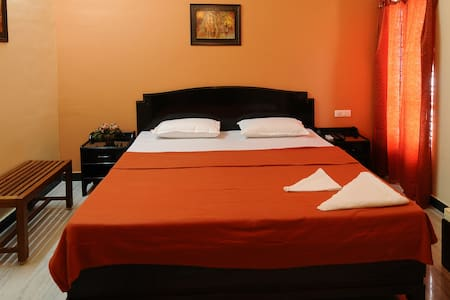 Minnas Villa - Home Away From Home - King Suite