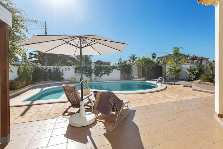 Detached villa with a large private swimming pool.
